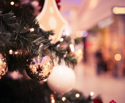 photo-christmas-tree-shopping-mall