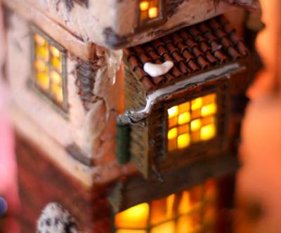 photo-christmas-winter-house-lamp