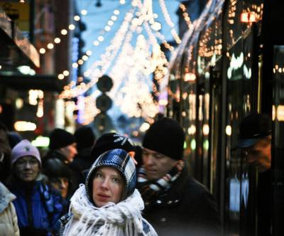 photo-xmas-helsinki-street-people