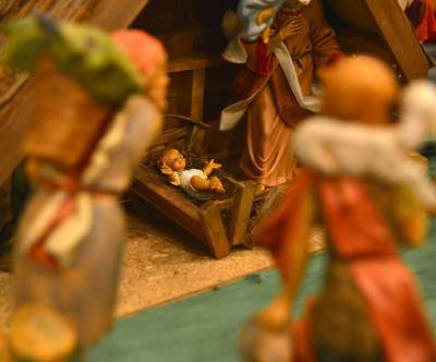 photo-christ-birth-doll-christmas