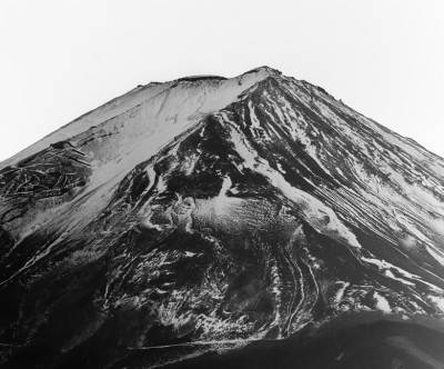 photo-mountain-fuji-monochrome