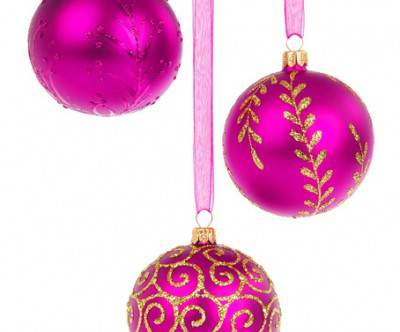 photo-purple-christmas-ball-white-back