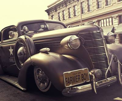 photo-vintage-car-sepia-color